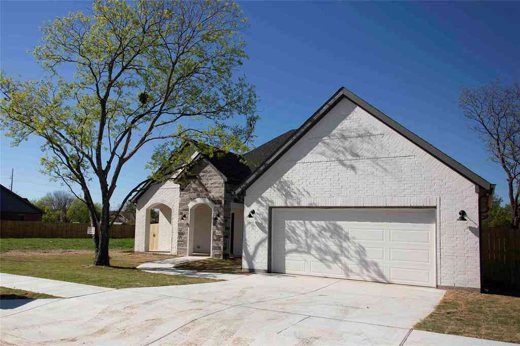 3221 George Street, Forest Hill, TX, 76119,