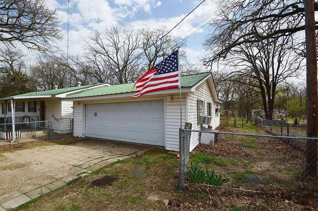 9503 Amy Drive, Hawk Cove, TX, 75474,