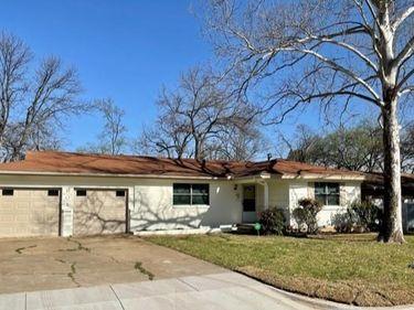 601 Vine Street, Euless, TX, 76040,