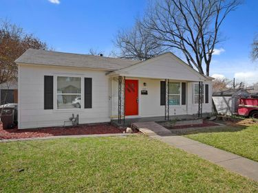 7425 Gaston Avenue, Fort Worth, TX, 76116,