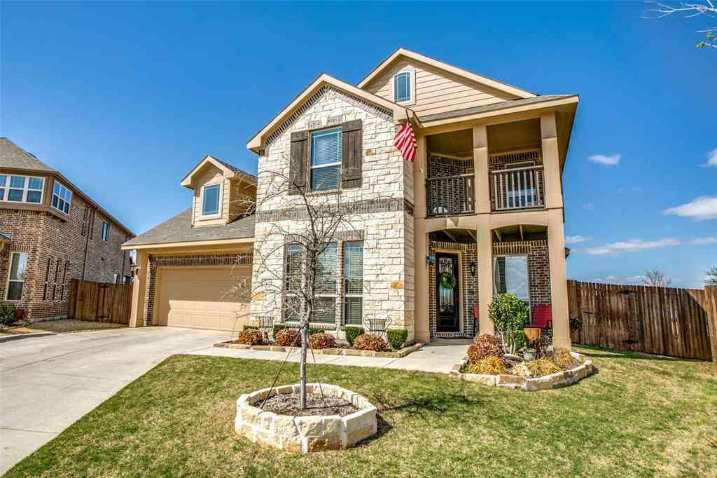 10244 Fox Springs Drive, Fort Worth, TX, 76131,