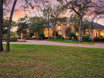 2200 NW Green Oaks Boulevard, Arlington, TX, 76012,
