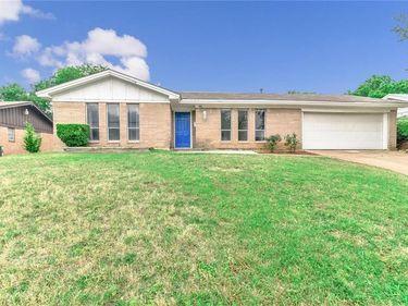 7816 Pebbleford Road, Fort Worth, TX, 76134,