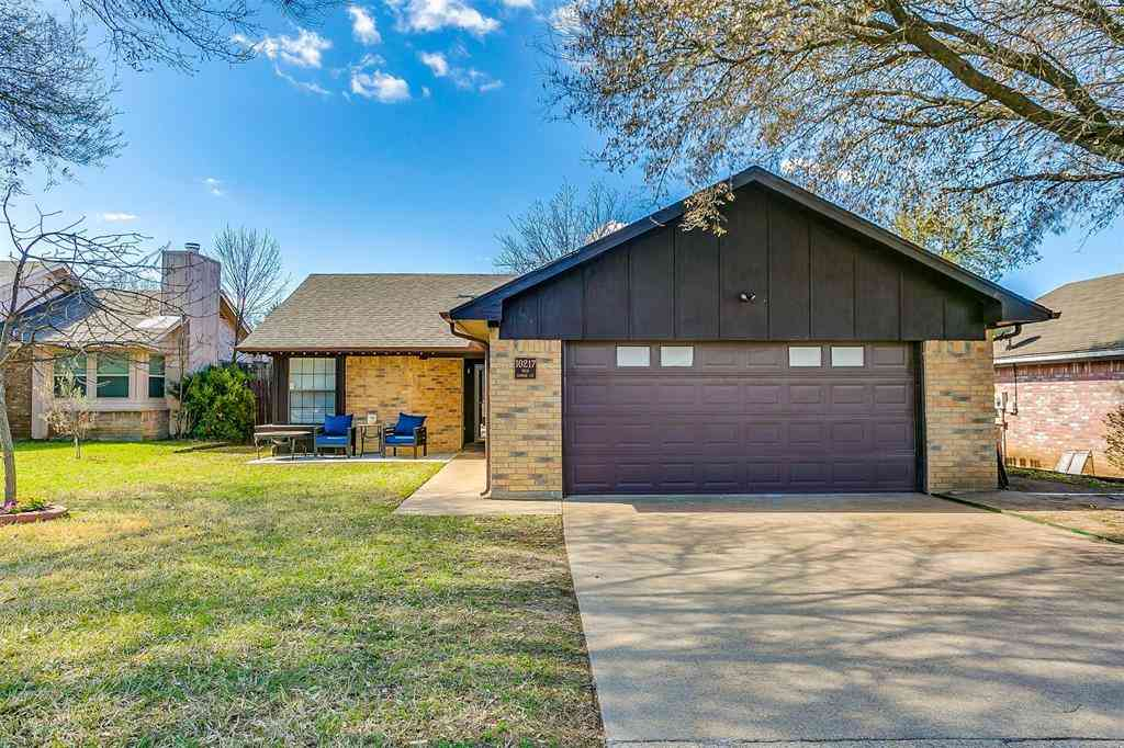 10217 Pack Saddle Court, Fort Worth, TX, 76108,