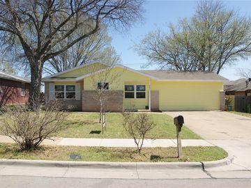 605 Susan Drive, Arlington, TX, 76010,
