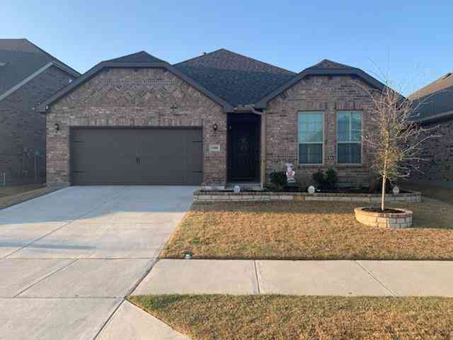 2408 Flowing Springs Drive, Fort Worth, TX, 76177,