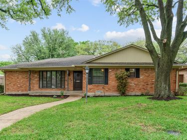 11135 Shortmeadow Drive, Dallas, TX, 75218,