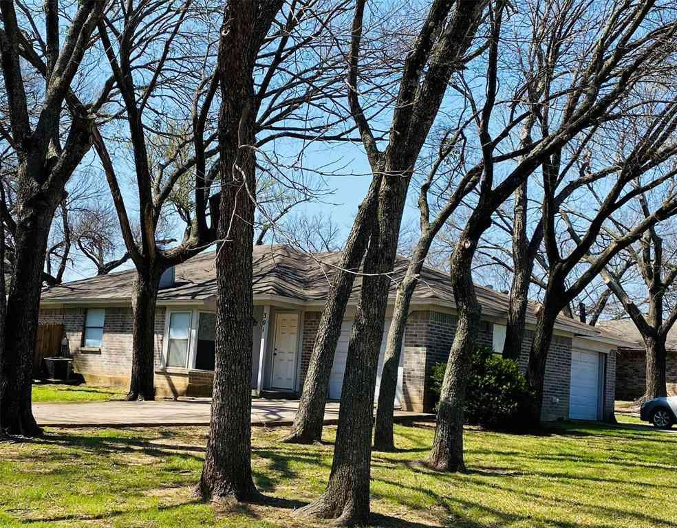 301-303 Spring Branch Lane, Kennedale, TX, 76060,