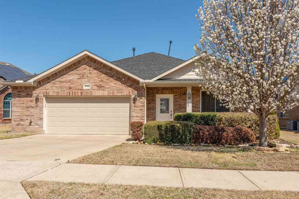5712 Minnow Drive, Fort Worth, TX, 76179,