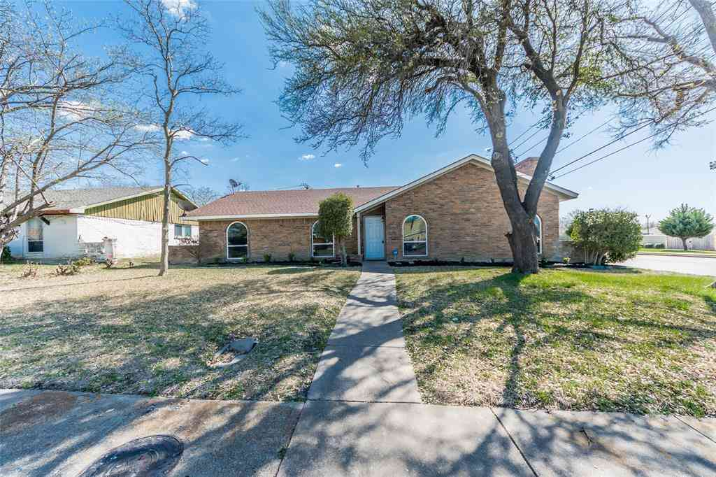 2756 Meadow Bluff Lane, Dallas, TX, 75237,