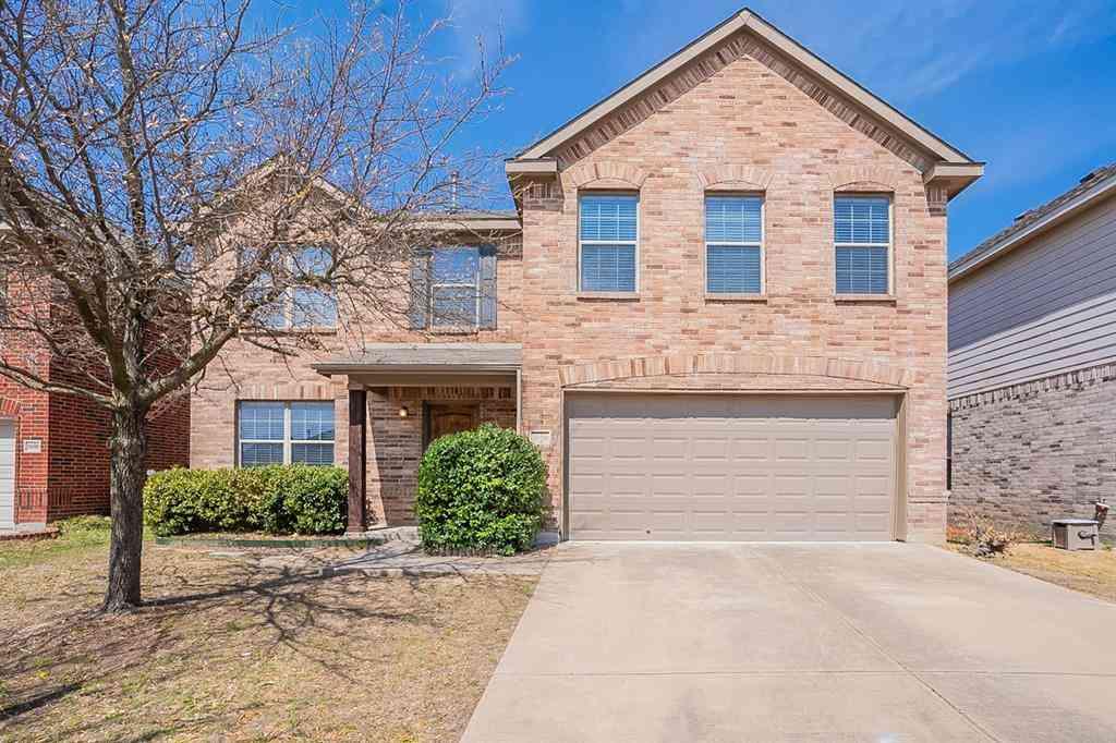 10404 Sixpence Lane, Fort Worth, TX, 76108,
