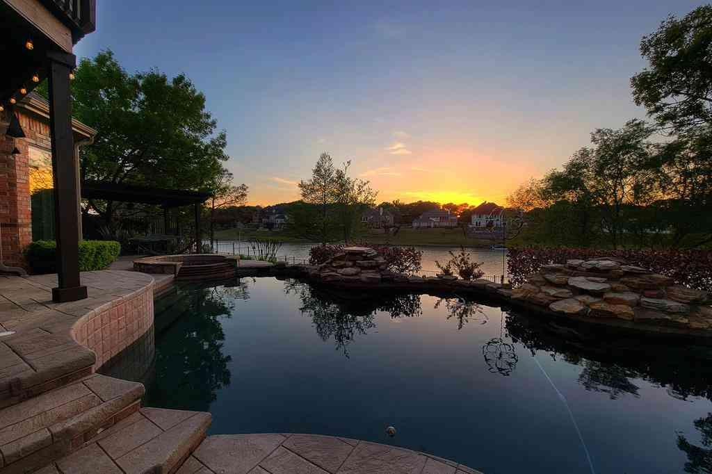 50 Remington Drive W, Highland Village, TX, 75077,