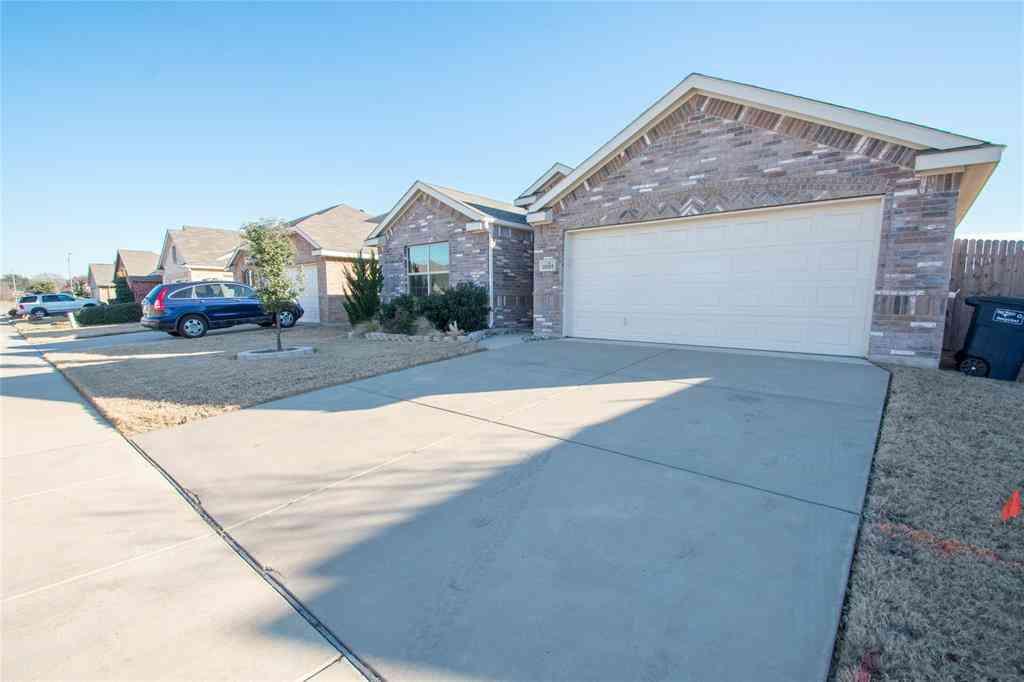 2029 Matador Ranch Road, Fort Worth, TX, 76134,