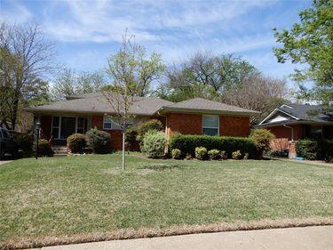 10523 Coleridge Street, Dallas, TX, 75218,