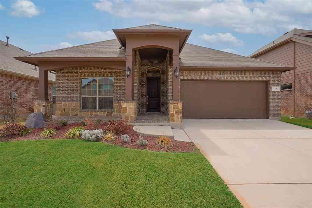 1713 Spinnaker Drive, Denton, TX, 76210,