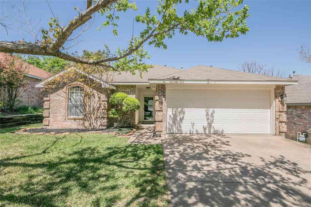 1014 Woodall Drive, Cedar Hill, TX, 75104,