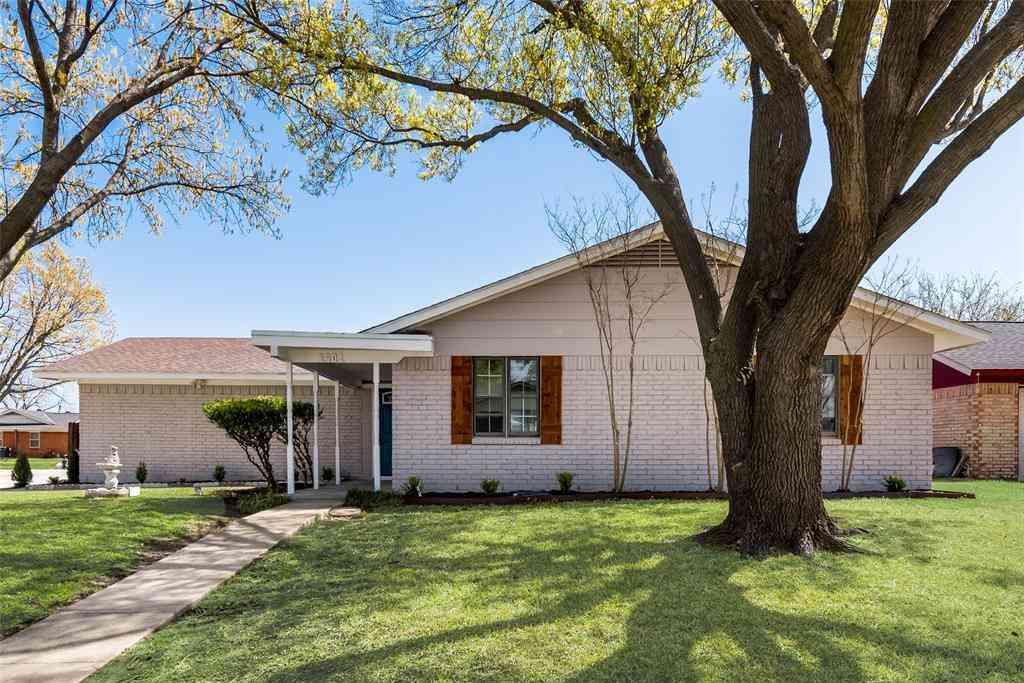 1501 SE 4th Street, Grand Prairie, TX, 75051,
