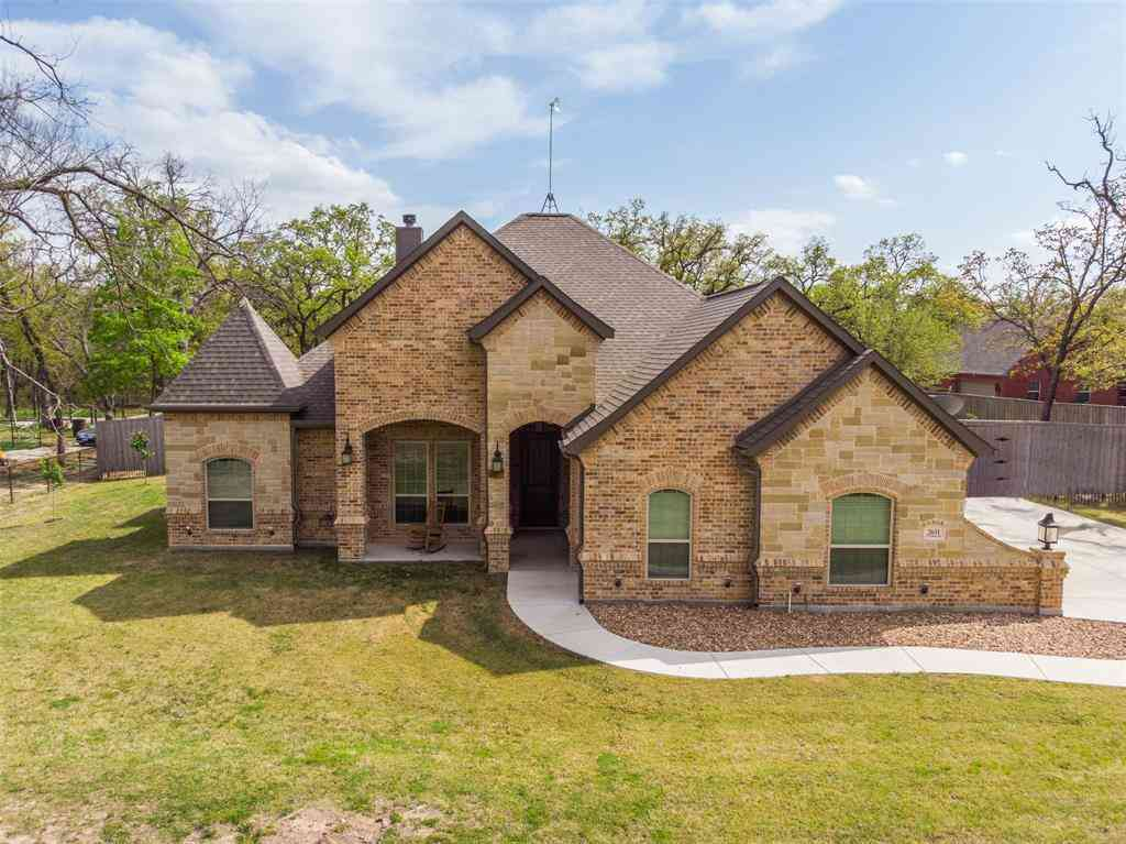 2631 W J E Woody Road, Springtown, TX, 76082,