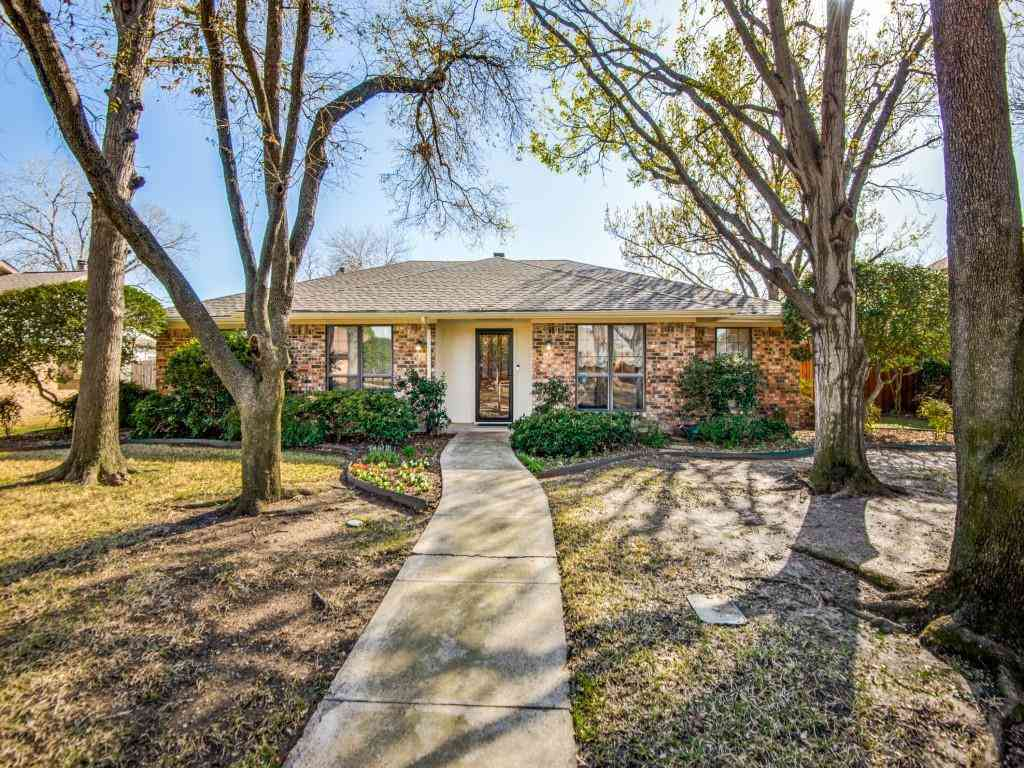 1554 Oak Creek Drive, Lewisville, TX, 75077,