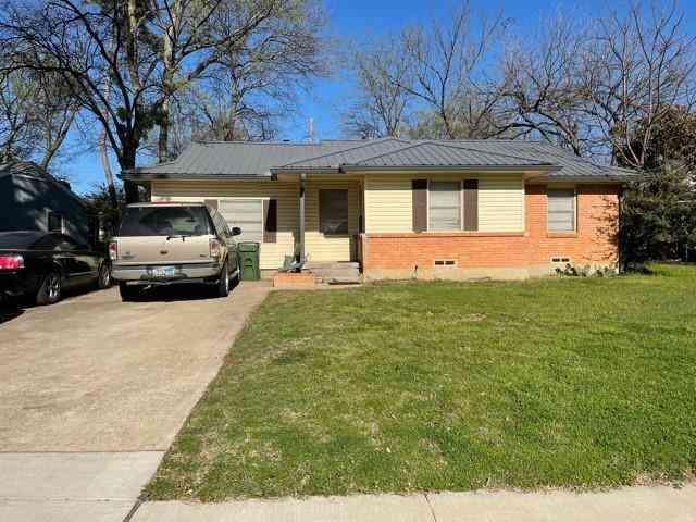 419 Joyce Street, Arlington, TX, 76010,