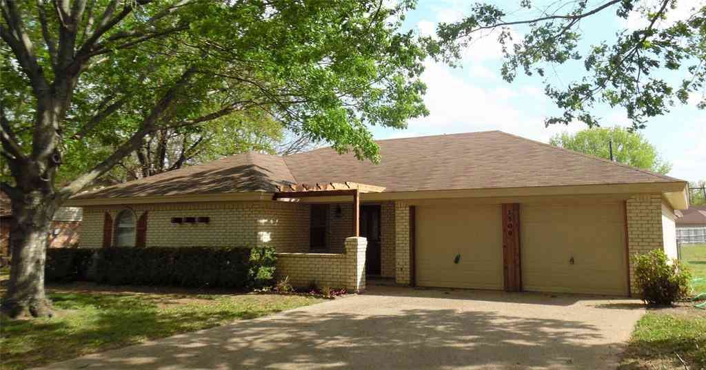 1509 Westhill Terrace, Cleburne, TX, 76033,