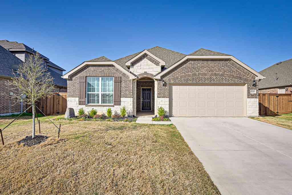 3200 Paxon Drive, Mansfield, TX, 76084,