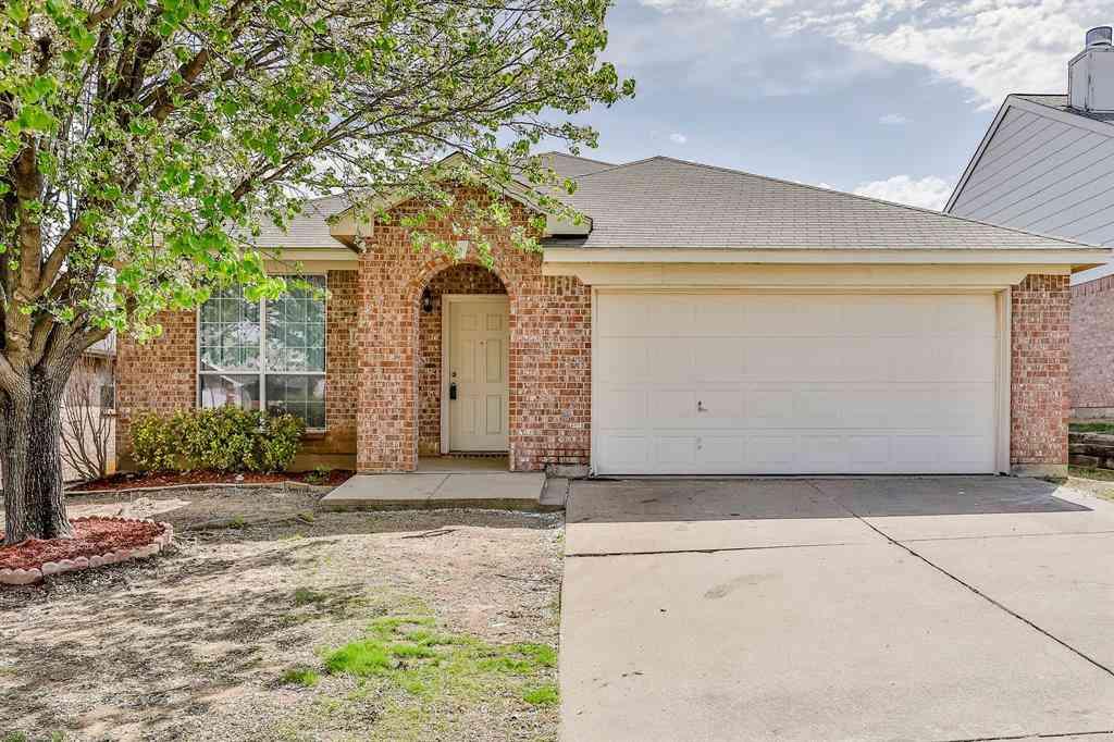 4920 Spur Ridge Court, Fort Worth, TX, 76244,