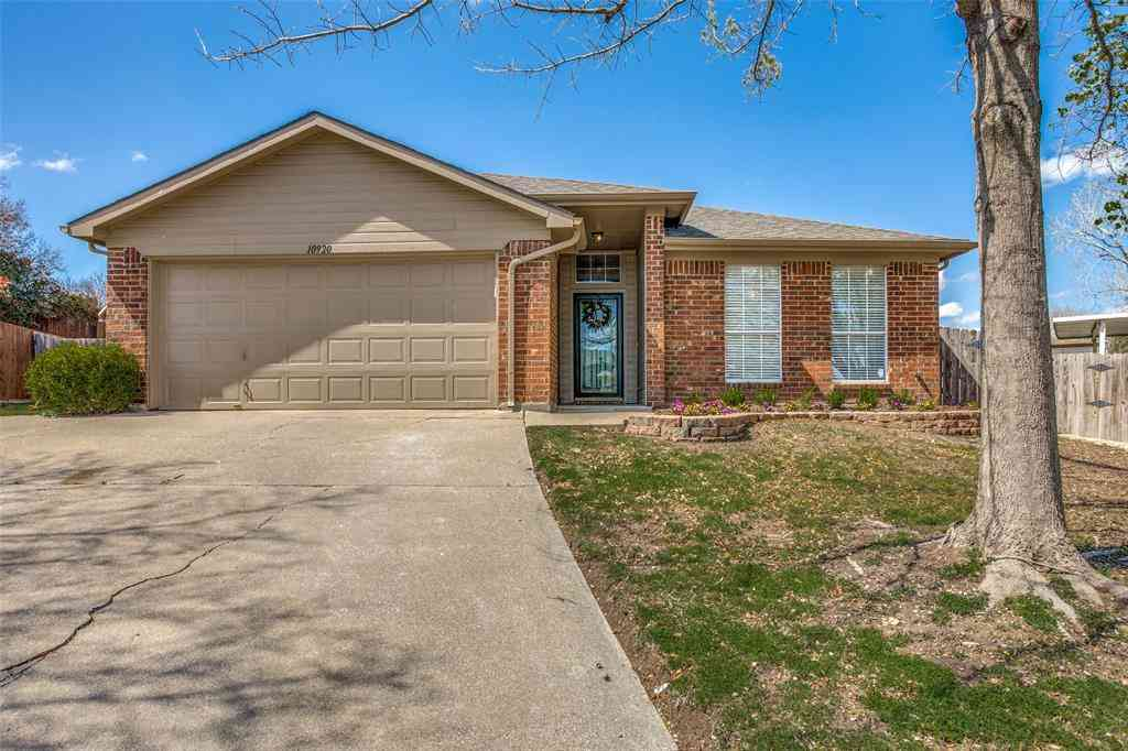 10920 Deauville Circle N, Fort Worth, TX, 76108,