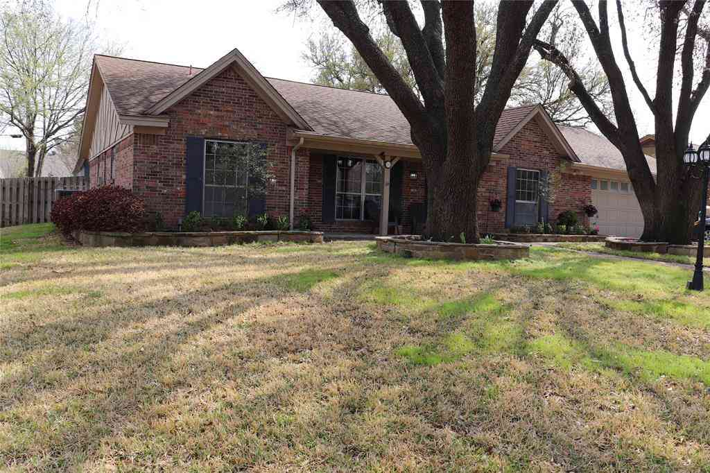 1107 Trace Road, Cleburne, TX, 76033,