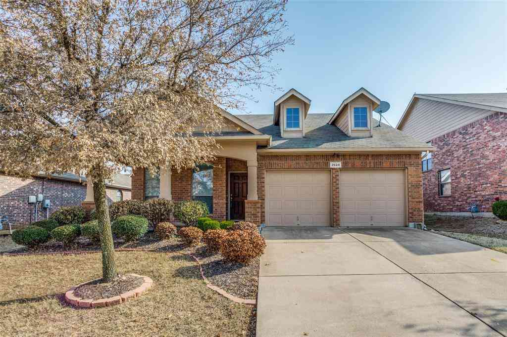 2624 Twinflower Drive, Fort Worth, TX, 76244,