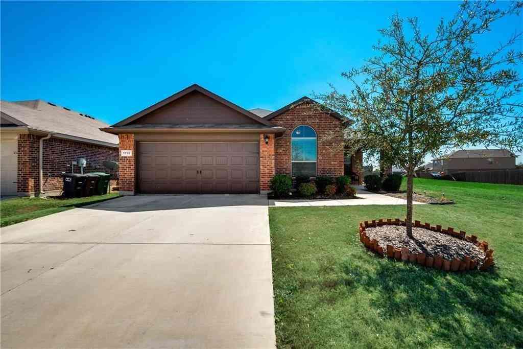 1700 Kings Glen Lane, Fort Worth, TX, 76140,