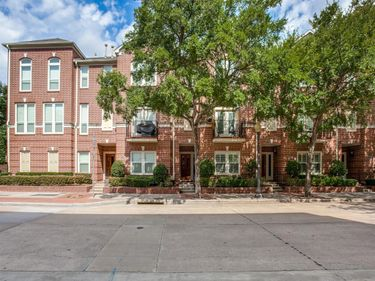 2813 State Street, Dallas, TX, 75204,