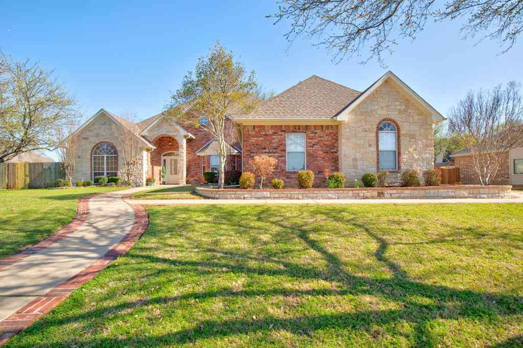 1805 W Westhill Drive, Cleburne, TX, 76033,