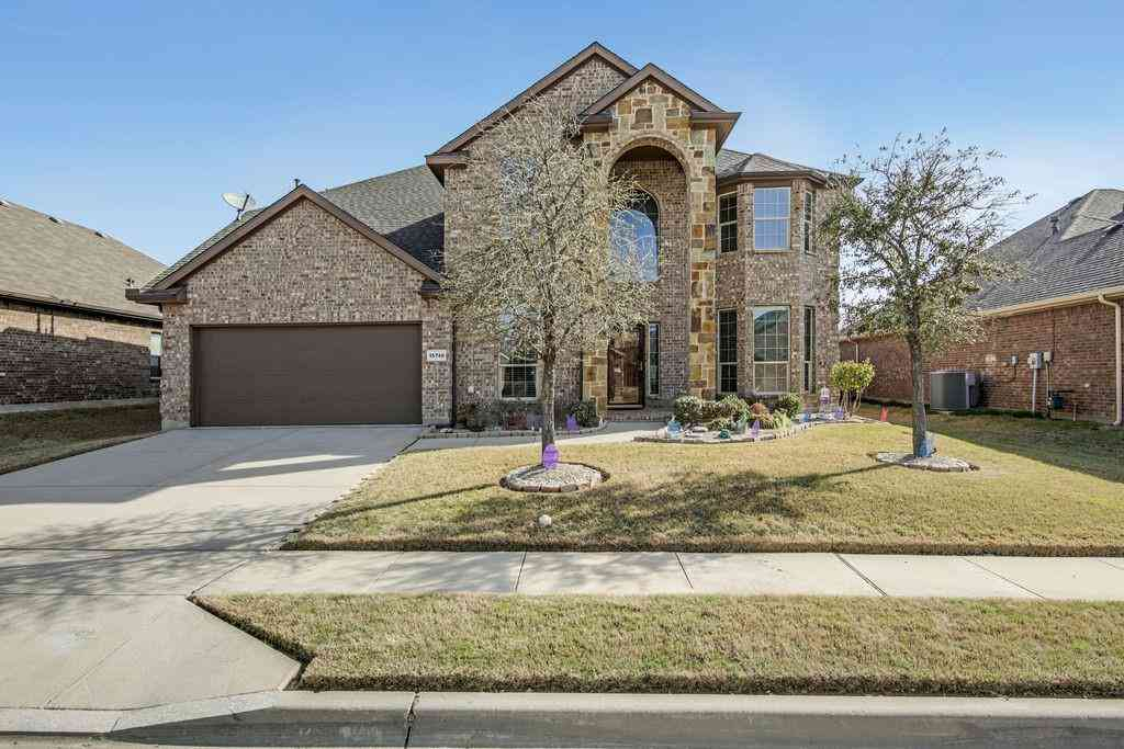 15740 Carlton Oaks Drive, Fort Worth, TX, 76177,