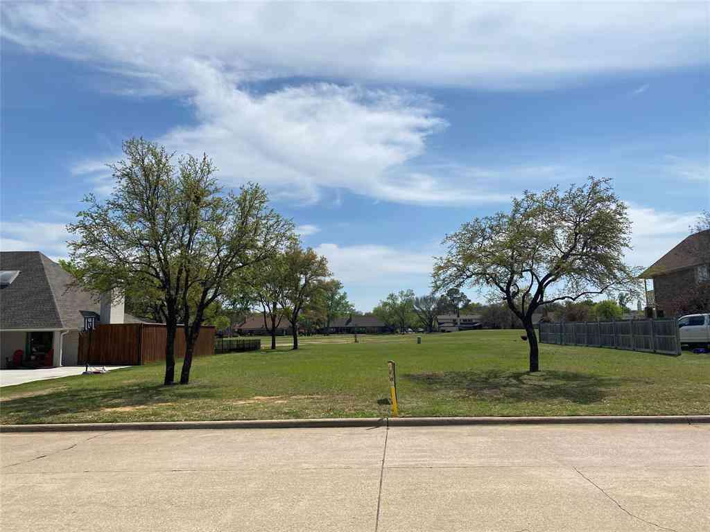 55 Meadowbrook Lane, Trophy Club, TX, 76262,