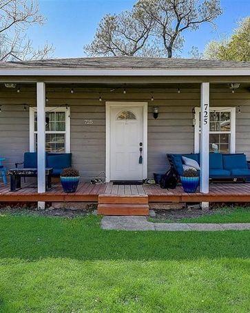 725 Churchill Road River Oaks, TX, 76114