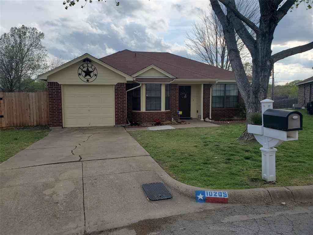 10205 Spoonbill Court, Fort Worth, TX, 76108,