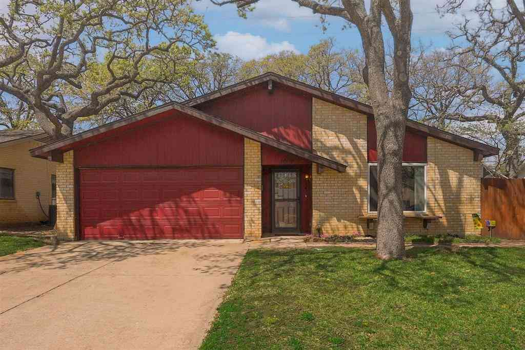 3009 White Oak Lane, Bedford, TX, 76021,