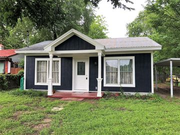 6105 Meandering Road, Fort Worth, TX, 76114,