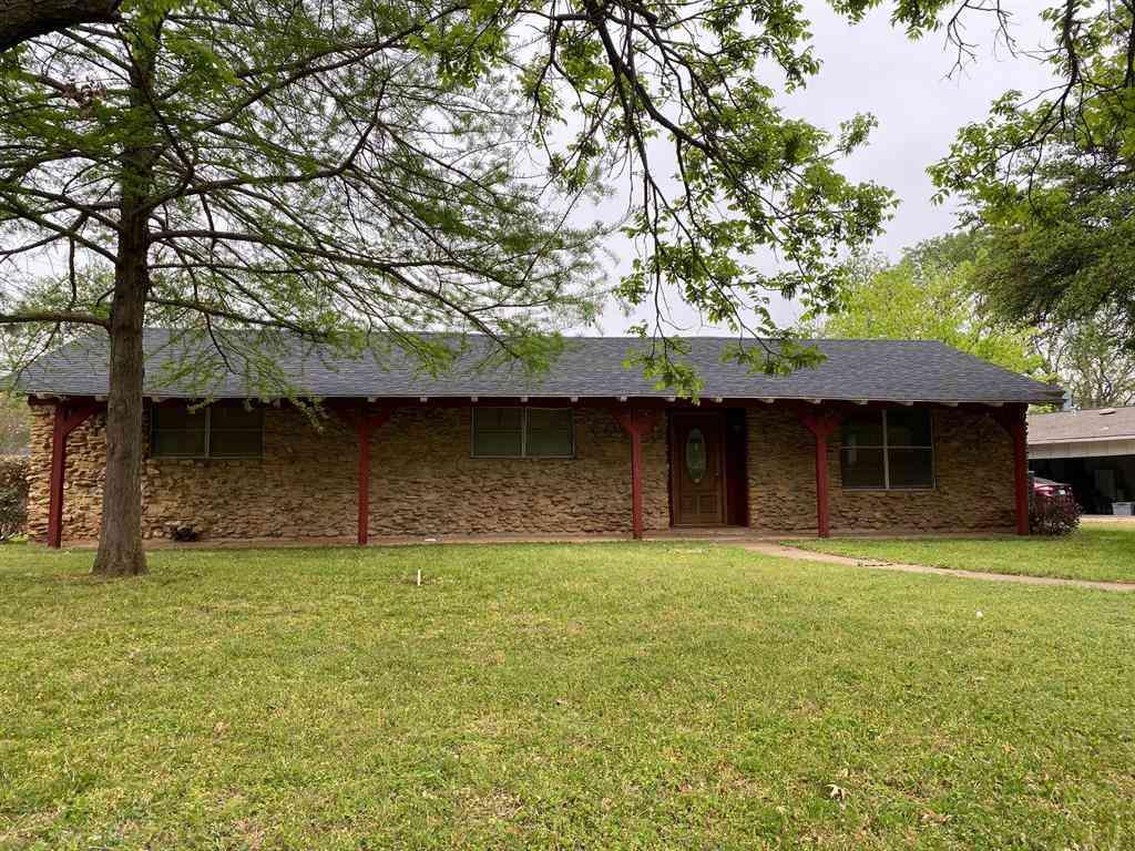 1014 Davis Street, Cleburne, TX, 76033,
