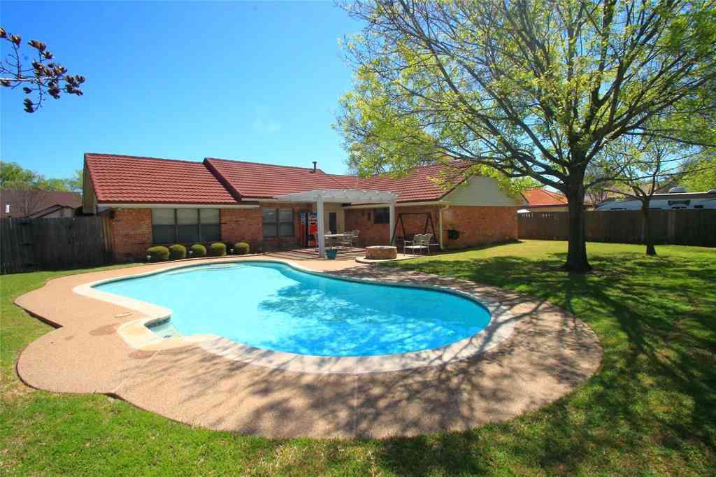 3 Crest Court, Hickory Creek, TX, 75065,