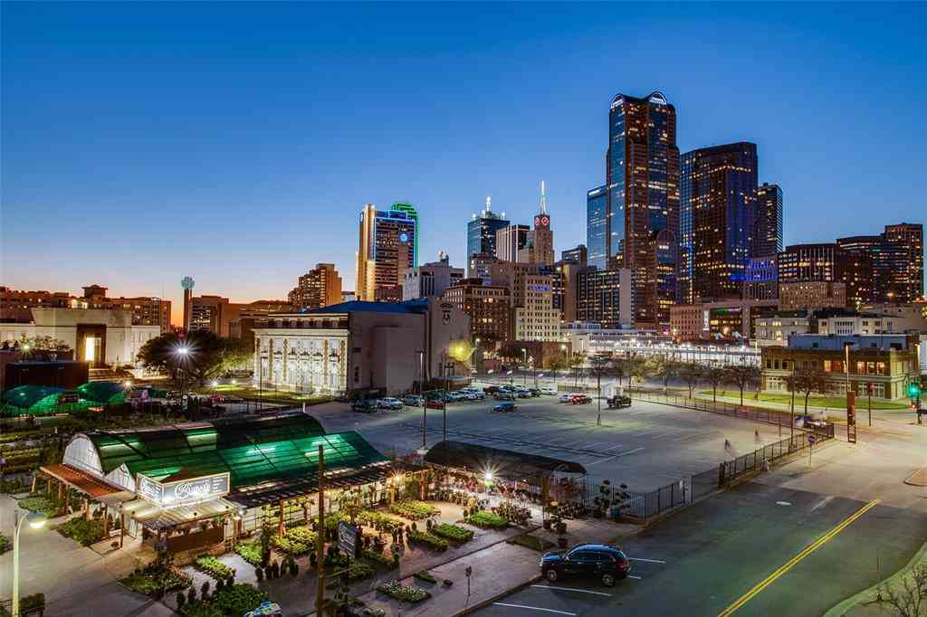 560 S Pearl Expy, Dallas, TX, 75201,