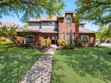 415 Meadowcreek Drive, Mesquite, TX, 75150,