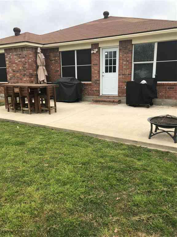 1811 Avon Drive, Corinth, TX, 76210,