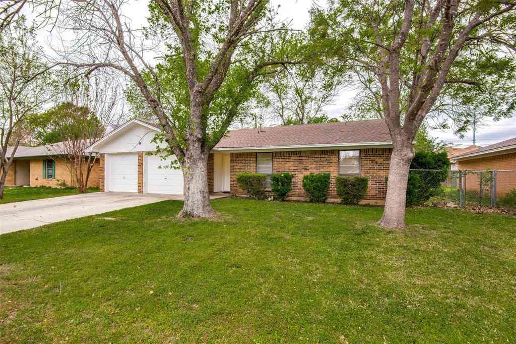 3323 Kingfisher Lane, Denton, TX, 76209,