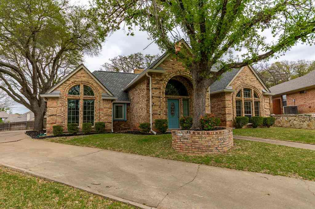 7407 Dodd Court, Arlington, TX, 76016,