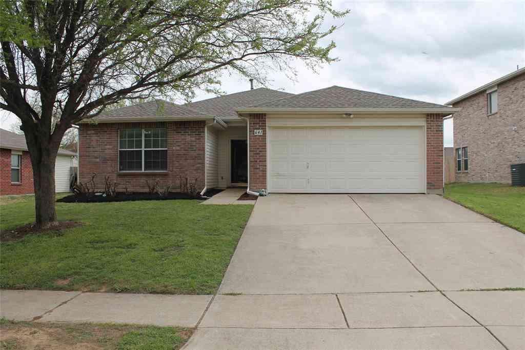641 Mallard Drive, Saginaw, TX, 76131,