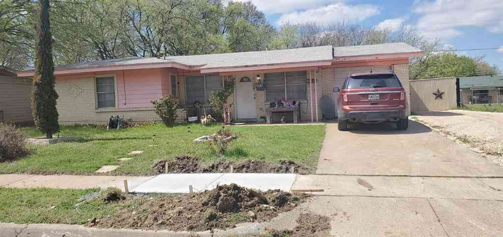 5436 Hensley Drive, Fort Worth, TX, 76134,