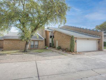 3703 Hulen Park Drive, Fort Worth, TX, 76109,