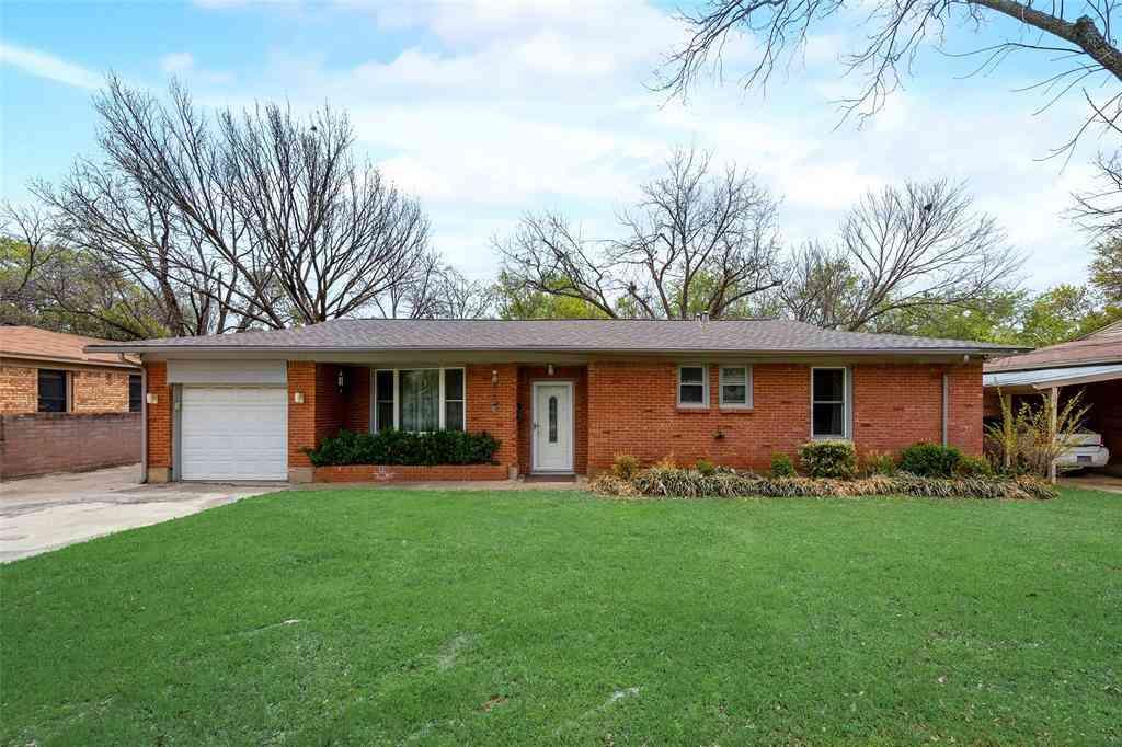 424 Hurstview Drive, Hurst, TX, 76053,